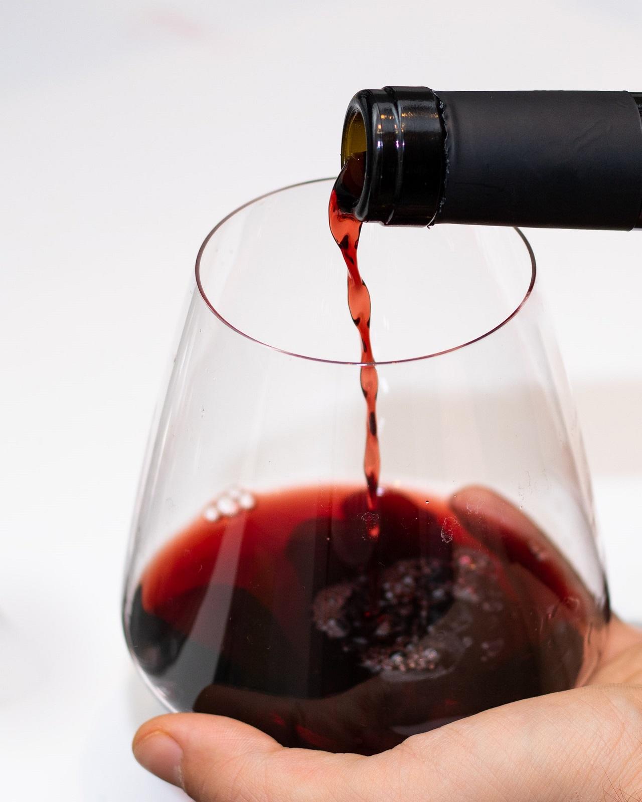 Dank eines Weinkühlschrankes, kannst Du jederzeit Wein in der Temperatur genießen, wie sie Dir gefällt.
