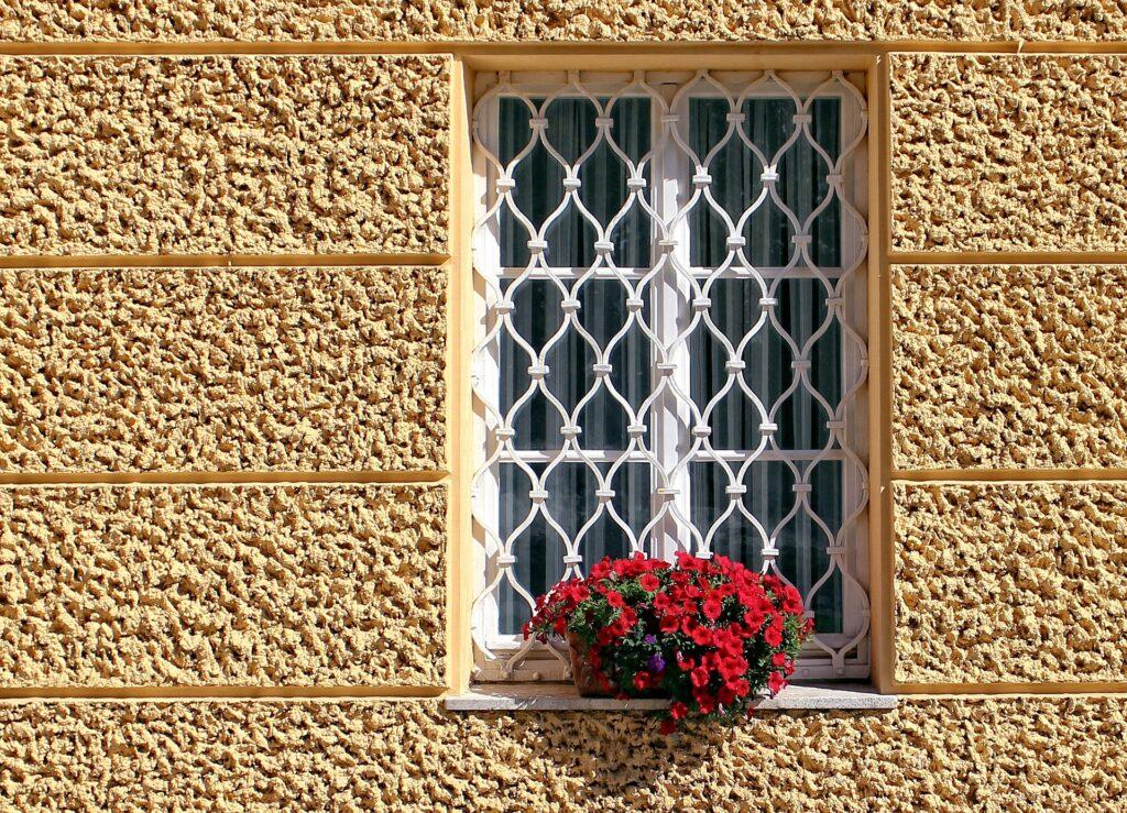 Einbruchschutz fuer Fenster alternativ Fenstergitter