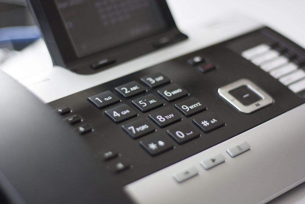 Telefon mit Anrufbeantworter
