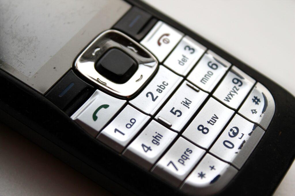Telefon verschiedene Groessen und Funktionen